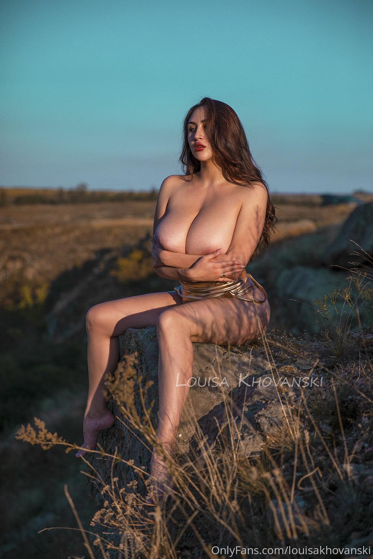 Louisa Khovanski Naked