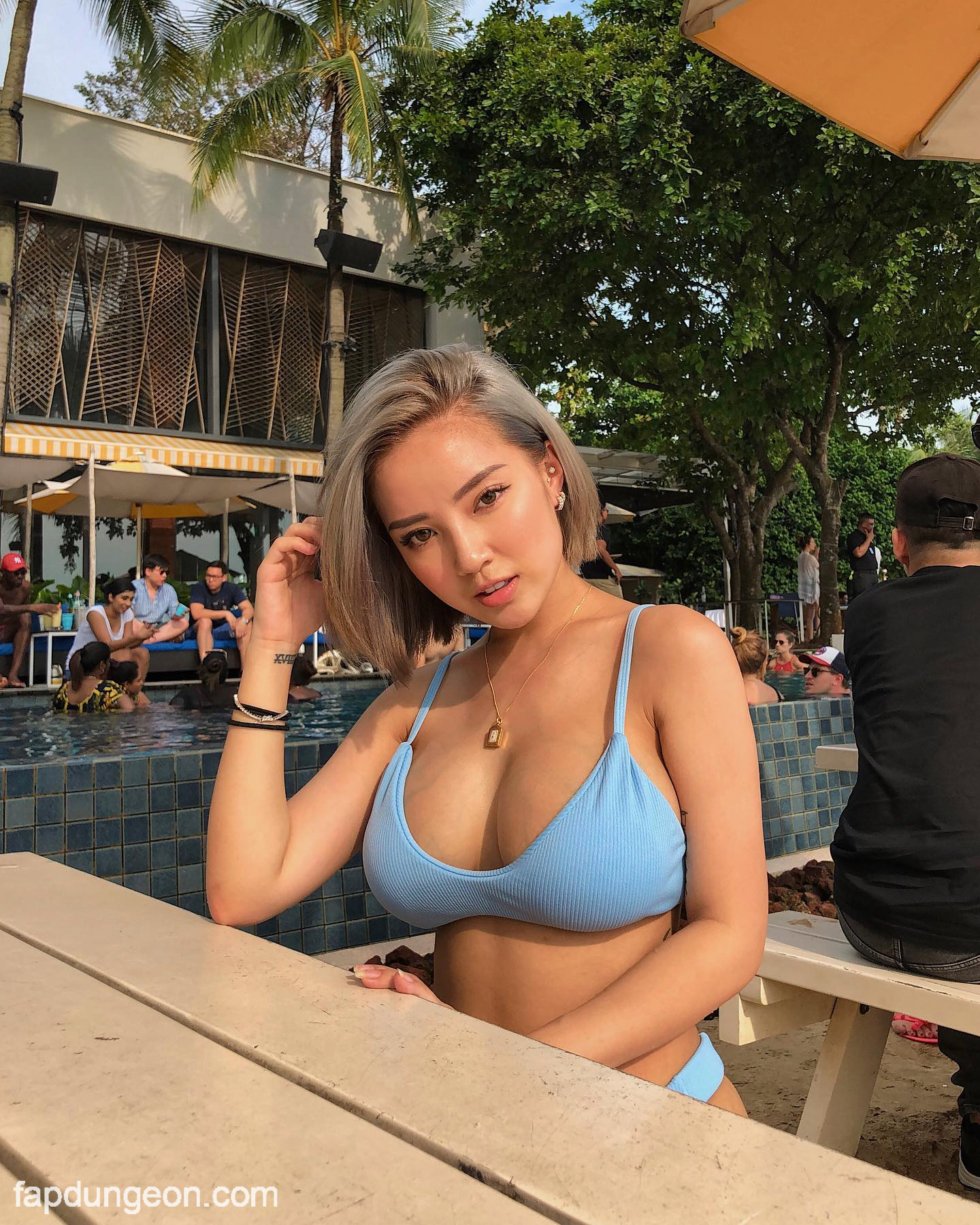Naomi Neo